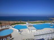 King Evelthon Beach Hotel & Resort, 5*