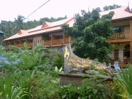 Phuttachot Resort, 2*