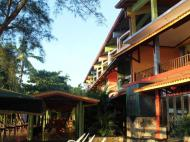 Gayana Guest House, 2*