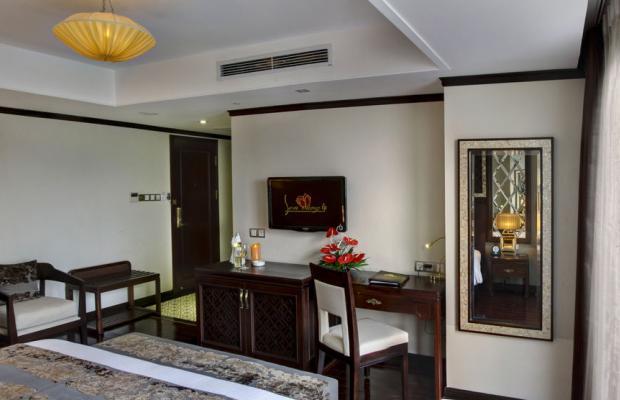 фото Golden Lotus Luxury Hotel изображение №2