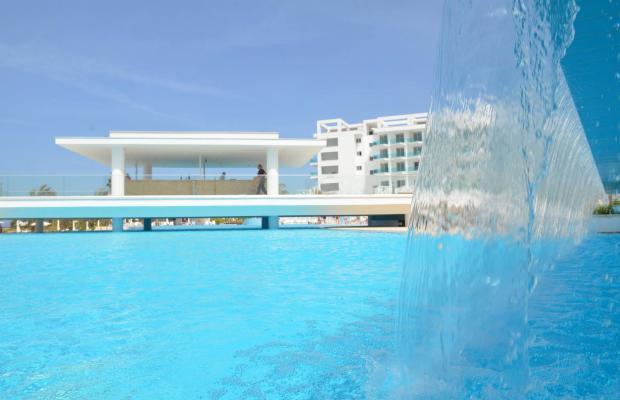 фото King Evelthon Beach Hotel & Resort изображение №106