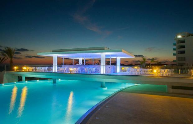 фото отеля King Evelthon Beach Hotel & Resort изображение №33