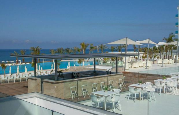 фото отеля King Evelthon Beach Hotel & Resort изображение №29