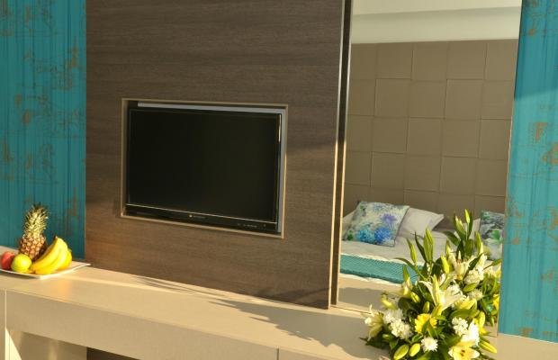 фото отеля King Evelthon Beach Hotel & Resort изображение №5