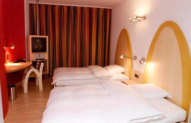 фото Golden Arches Hotel изображение №2