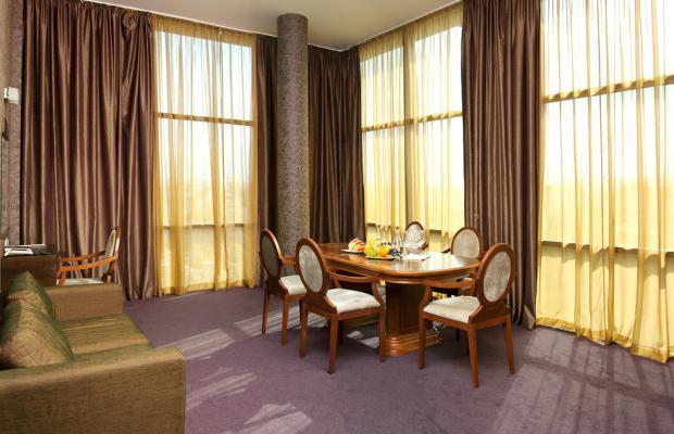 фото BudaPest Hotel  изображение №22