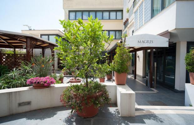фото отеля Magri's Hotel изображение №1