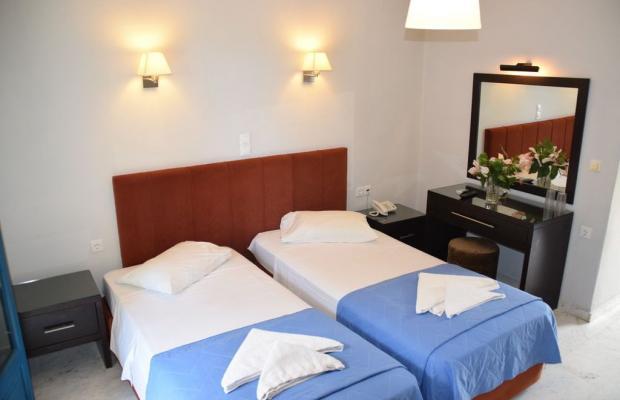 фото отеля Karavostasi Beach Hotel изображение №13