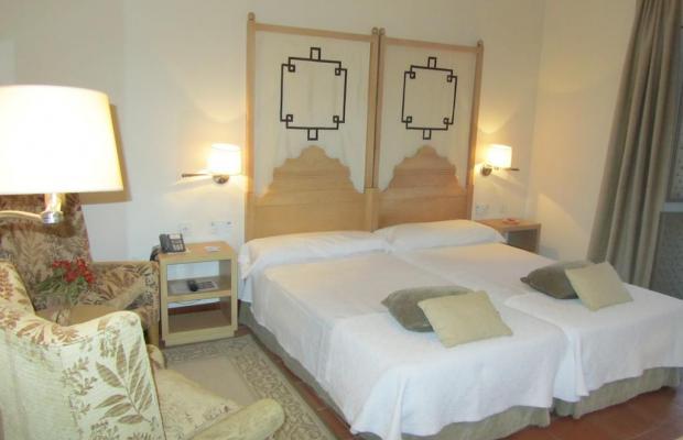 фотографии отеля Parador de Granada изображение №7