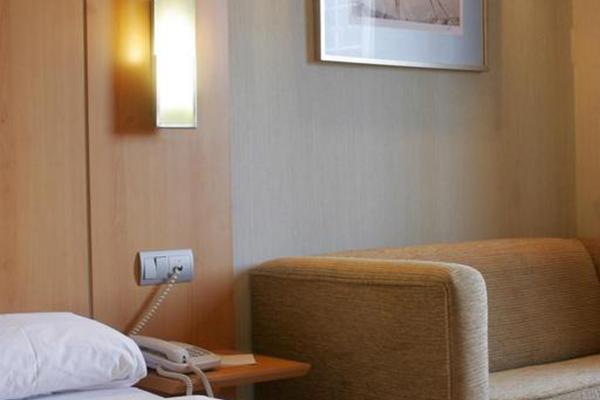 фото отеля Posadas de Espana Paterna изображение №13