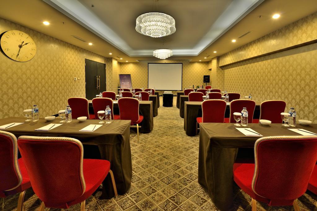 Hotel Amaroossa Grande Bekasi Indonesia  Bookingcom