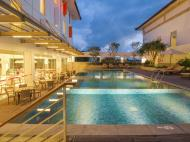 Harri's Hotel & Conventions Denpasar, 4*