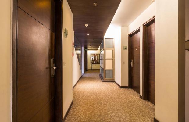 фотографии отеля Shervani Nehru Place изображение №7