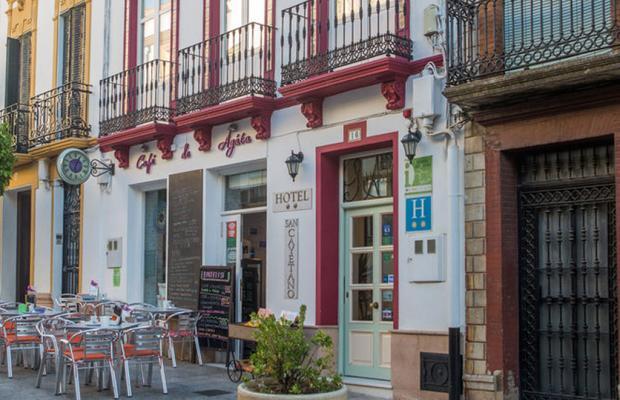 фото отеля San Cayetano изображение №1