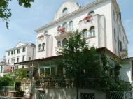 Biasutti Hotel, 4*