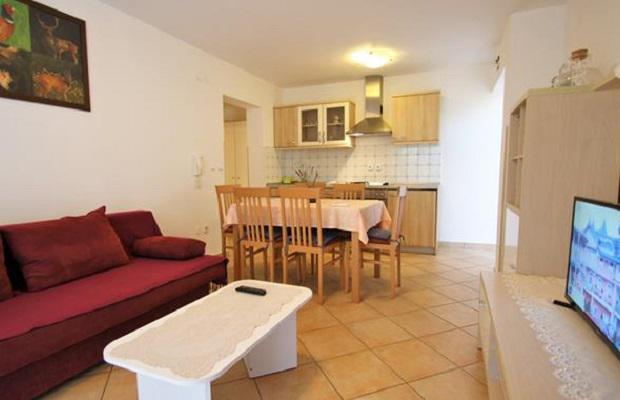 фото Denis Private Apartment изображение №18