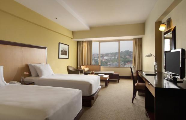 фото Hotel Santika Premiere изображение №14