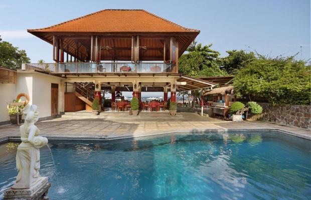 фотографии отеля Respati Beach Hotel изображение №3