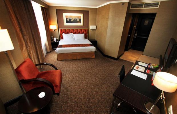 фото отеля Ciputra Semarang изображение №13