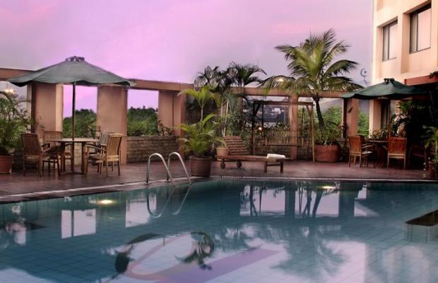 фото отеля Ciputra Semarang изображение №9