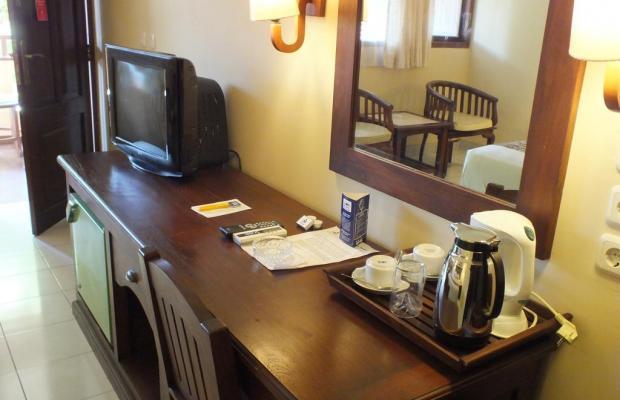 фотографии отеля Besakih Beach Hotel изображение №19