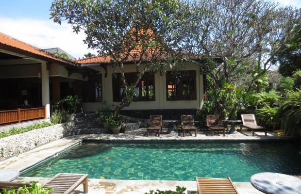 фотографии отеля Besakih Beach Hotel изображение №7