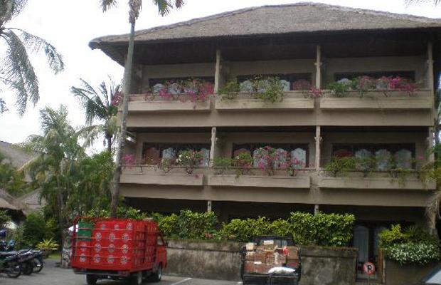 фото отеля Aneka Beach Hotel изображение №5