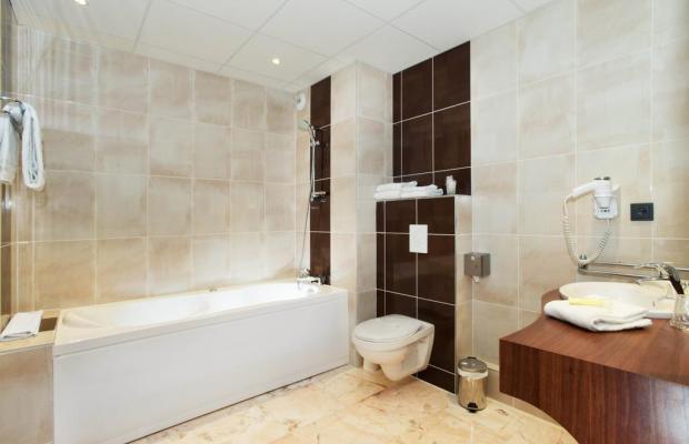фотографии Brit Hotel Tours Sud - Le Cheops изображение №16