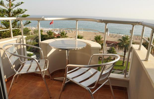 фотографии отеля Celine Hotel изображение №15
