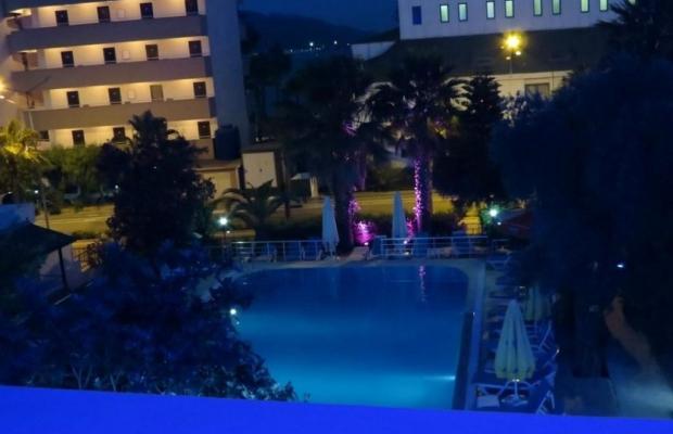 фотографии отеля Adler Hotel изображение №3