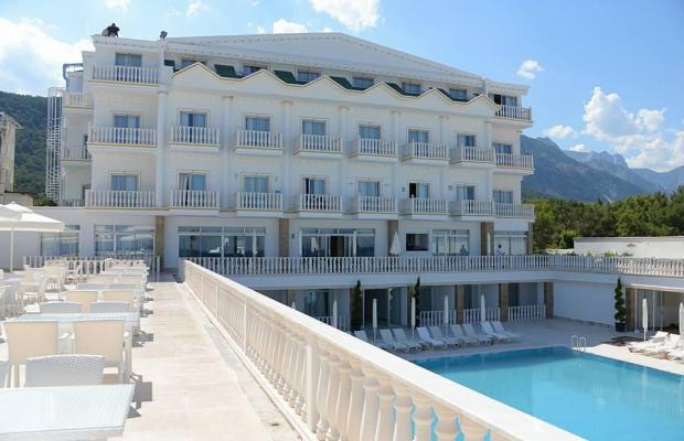 фото отеля Allure Beach Resort (ex. Imperial La Perla; La Perla Resort) изображение №17