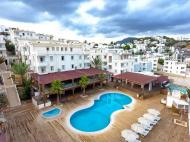 Blue Green Hotel (ex. Poseidon Suites; Club Anka), 3*