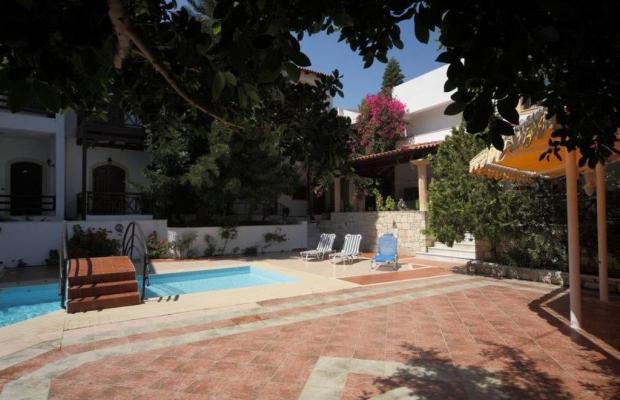 фотографии Rena Apartments изображение №16