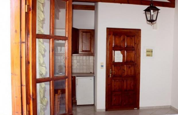 фото Rena Apartments изображение №2