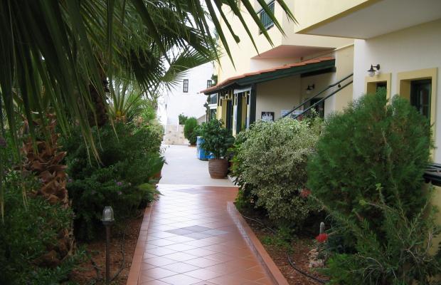 фото Aspri Petra Apartments изображение №2