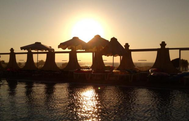 фото отеля Nirvana Beach Hotel изображение №21