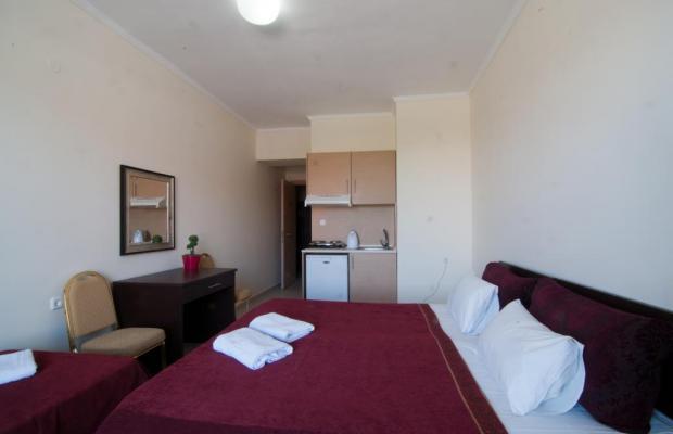фото отеля Hotel Yakinthos изображение №17