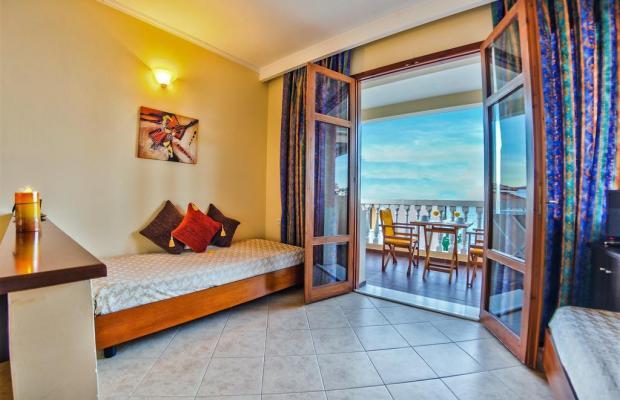 фотографии отеля Loukas Apartments On The Waves изображение №3