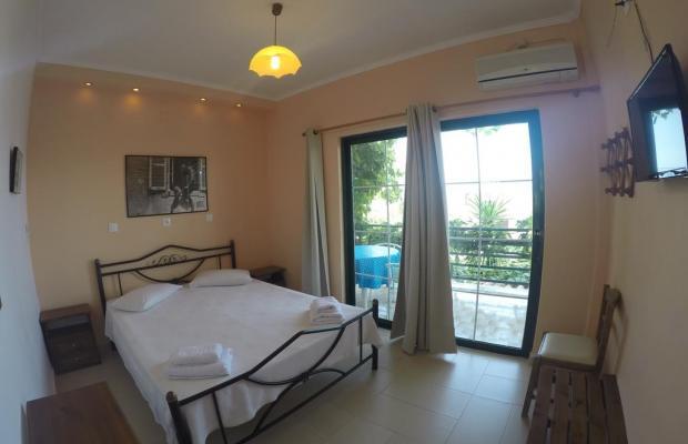 фото отеля Hotel Andromaches изображение №5