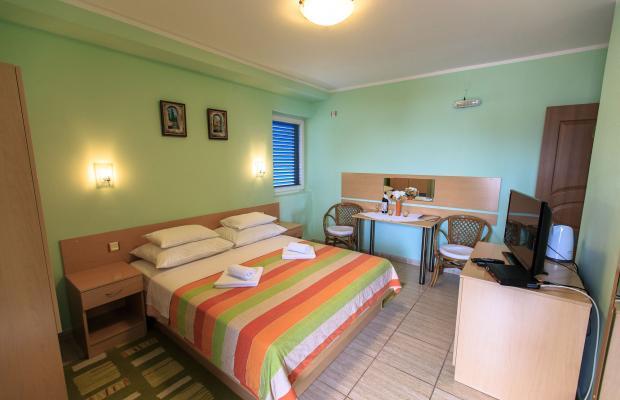 фото Drago Rooms & Apartments Sveti Srefan изображение №10