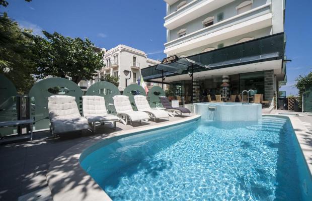 фото отеля Levante Hotel изображение №1