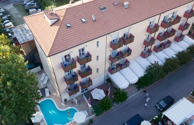 фото отеля Hotel Aron (ех. California) изображение №1
