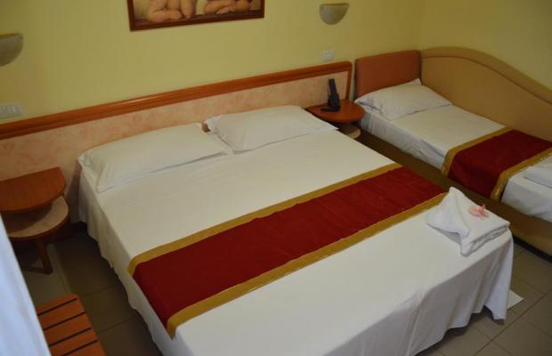 фото отеля Carolin изображение №9