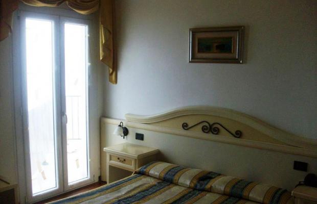 фото отеля Hotel Mondial изображение №25