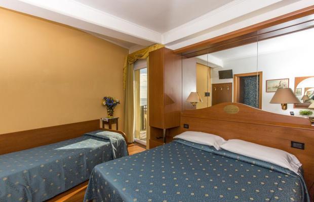 фотографии отеля Hotel Mondial изображение №7