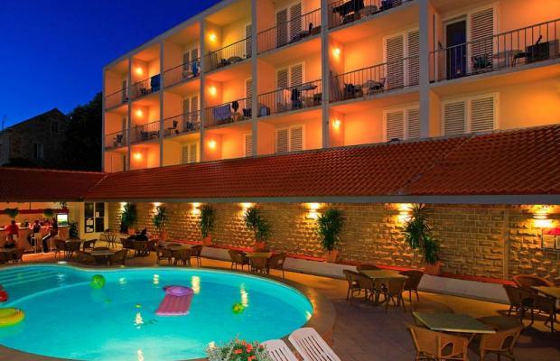 фото отеля Lumbarda изображение №17