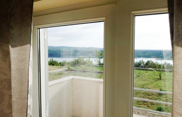 фото отеля Apartment Vrkici (ex. Apartment Novigrad; bb3 Room House 60 M2 Inh 32789) изображение №5