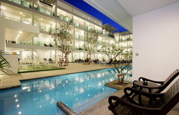 фото отеля The Old Phuket Karon Beach Resort изображение №1