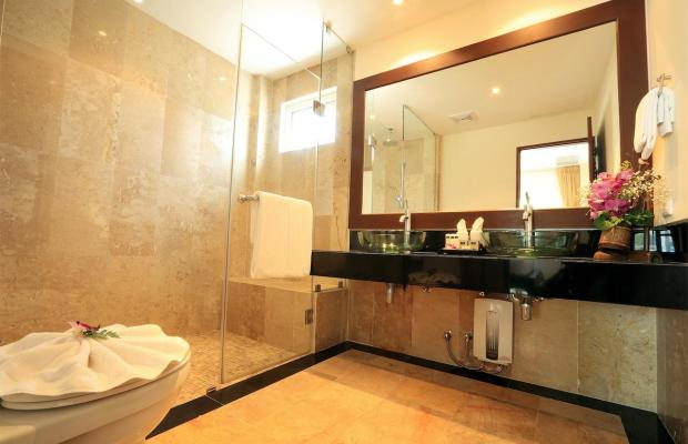фото отеля Phunawa Karon Beach Resort & Spa (ex. Karon Sovereign All Suites Resort; Dewa Karon) изображение №17