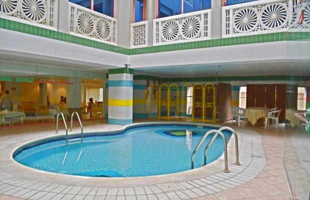 фото отеля Queens изображение №1
